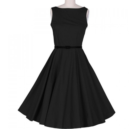Vintage scoop neck black pleated dress